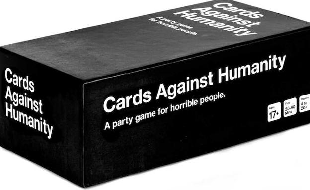 La bajara de cartas del juego 'Cards Against Humanity'.