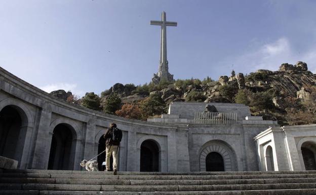 Compromís pide demoler el Valle de los Caídos y sacar a Franco de ...