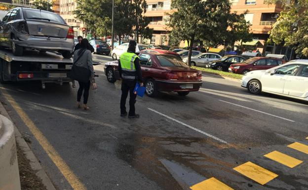 Accidente en la nueva avenida del Cid./