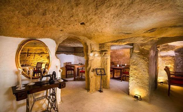 Vistas de las cuevas de San Miguel de Salinas