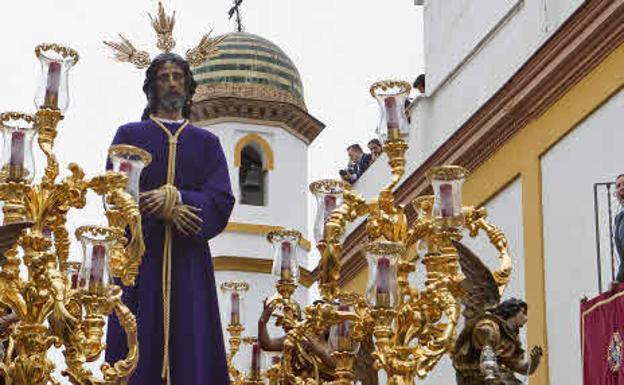 Viernes santo en sevilla 2018 procesiones horarios e - Horario merkamueble sevilla ...