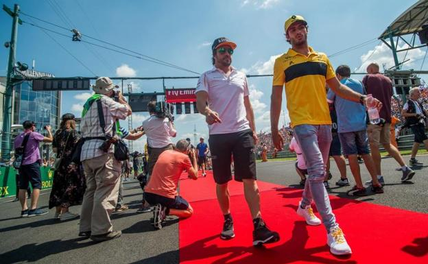 Alonso y Sainz, en Hungaroring. /EFE