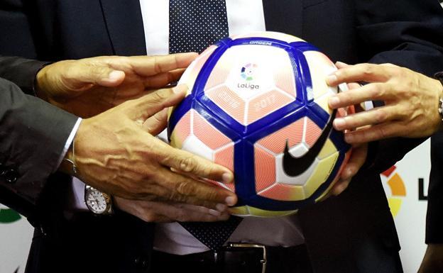 producto caliente cómo hacer pedidos comprar más nuevo La próxima marca del Valencia CF rompe con los 22 años de ...