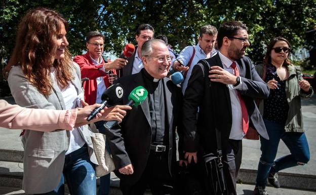 Esteban Escudero, a la salida de los juzgados
