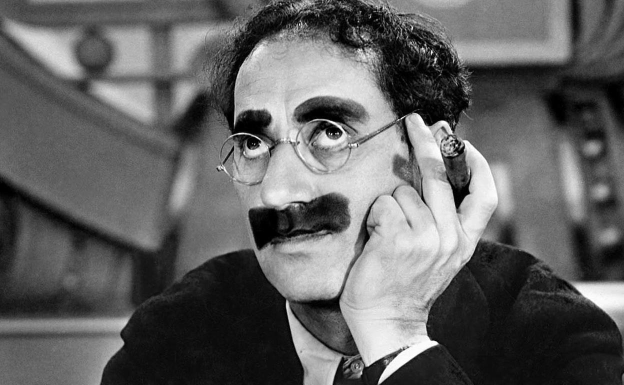Las memorables frases de Groucho Marx que nunca te cansarás de leer | Las  Provincias