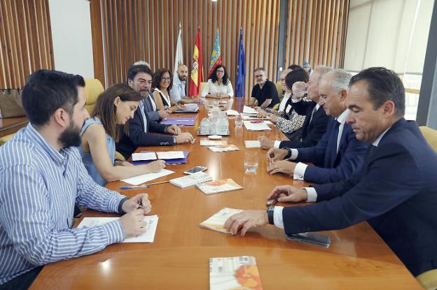 El Ayuntamiento propone a Juan Luis Iborra para dirigir el ...