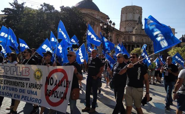 Manifestación de hoy frente al Palau de la Generalitat. /I. G.