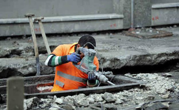 Todos los trabajadores despedidos cobrarán el paro aunque no cumplan los requisitos