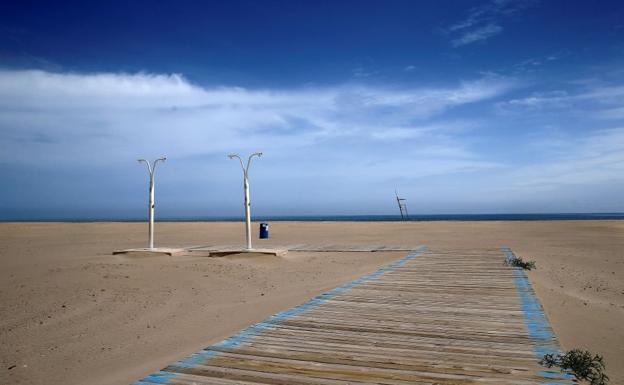 Pasear Con Niños Se Puede Ir A La Playa A Dar Un Paseo Con Los Niños De 0 A 13 Años Las Provincias