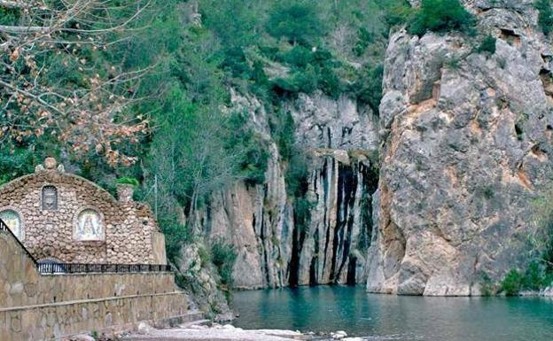 Fuente de Baños, en Montanejos.