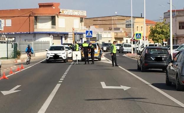Sueca mantiene el dispositivo de vigilancia especial en el próximo puente.